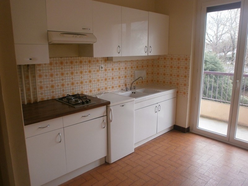 Rental apartment Rodez 403€ CC - Picture 2