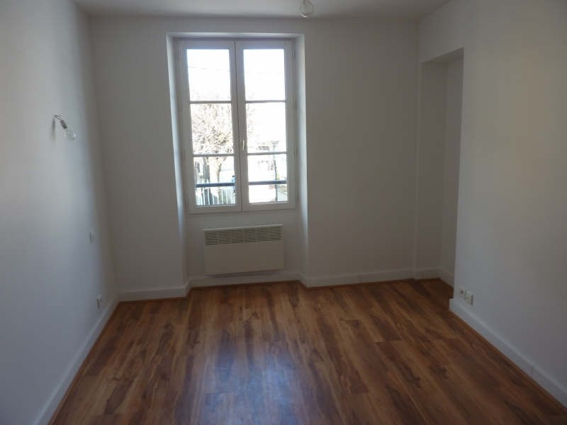 Rental apartment Claye souilly 850€ CC - Picture 3
