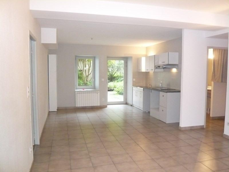 Location appartement Cremieu 765€ CC - Photo 1