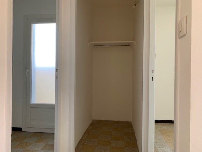 Rental apartment La seyne-sur-mer 480€ CC - Picture 5