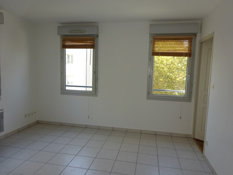 Location appartement Lyon 3ème 647€ CC - Photo 5
