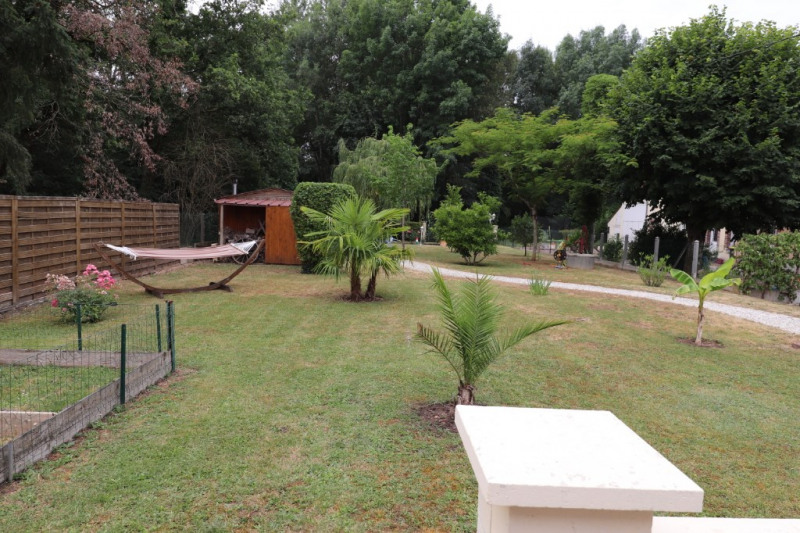 Sale house / villa Amilly 164300€ - Picture 2