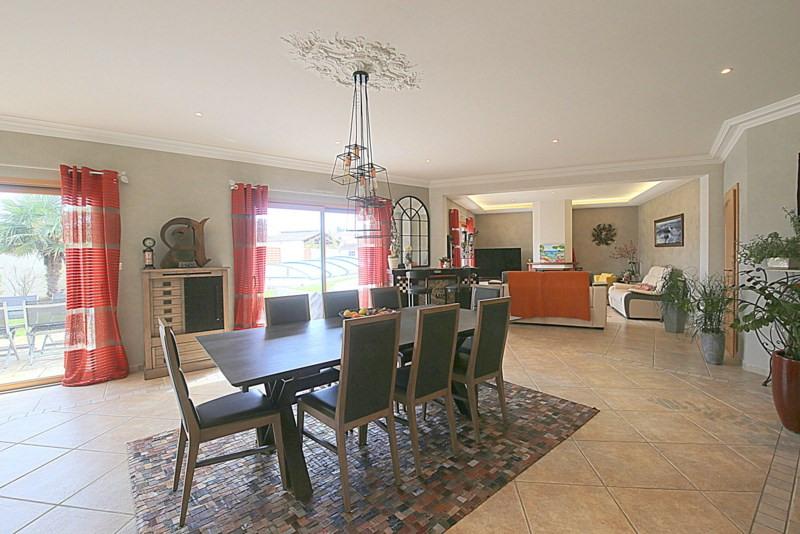 Deluxe sale house / villa Le fenouiller 672000€ - Picture 2
