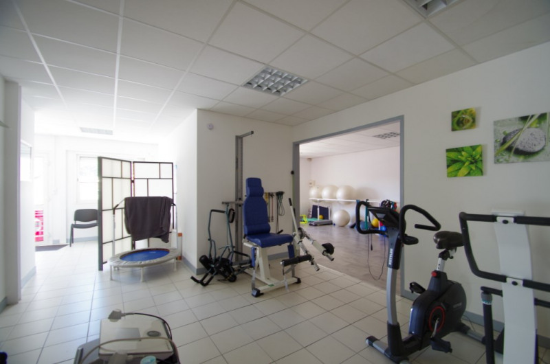 Location local commercial La rochelle 1 270€ CC - Photo 5
