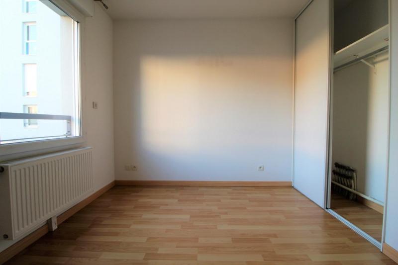 Rental apartment Voiron 840€ CC - Picture 7