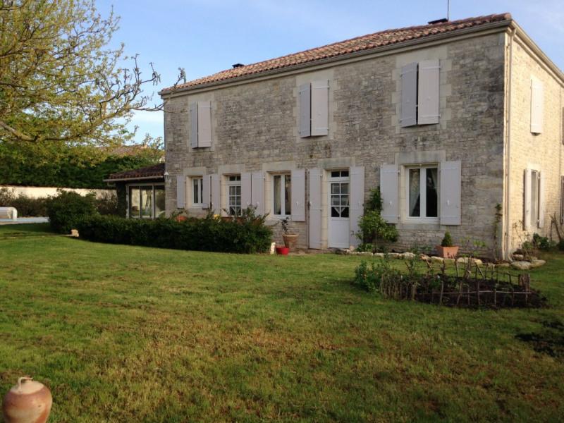 Sale house / villa Puyravault 418950€ - Picture 1
