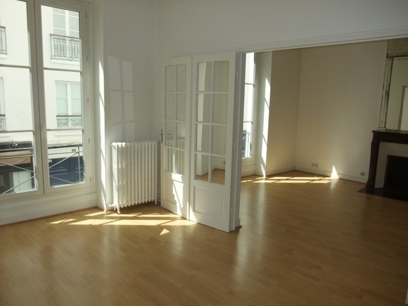 Location appartement Paris 8ème 3 500€ CC - Photo 2