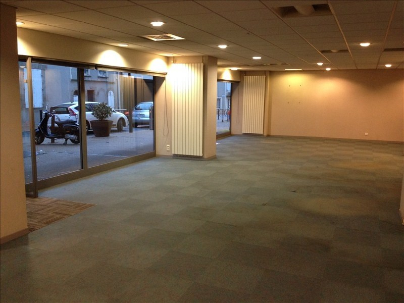 Location local commercial Cholet 1 875€ HT/HC - Photo 2