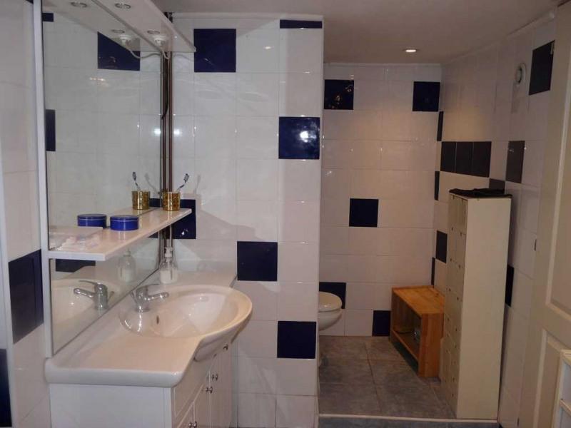 Sale house / villa Saint-genest-lerpt 237000€ - Picture 7