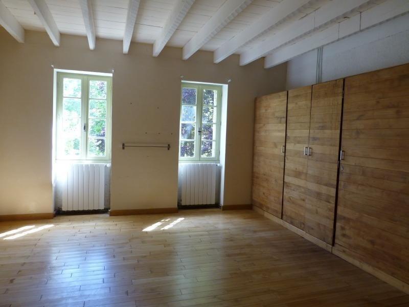 Sale house / villa St germain de belves 397500€ - Picture 7