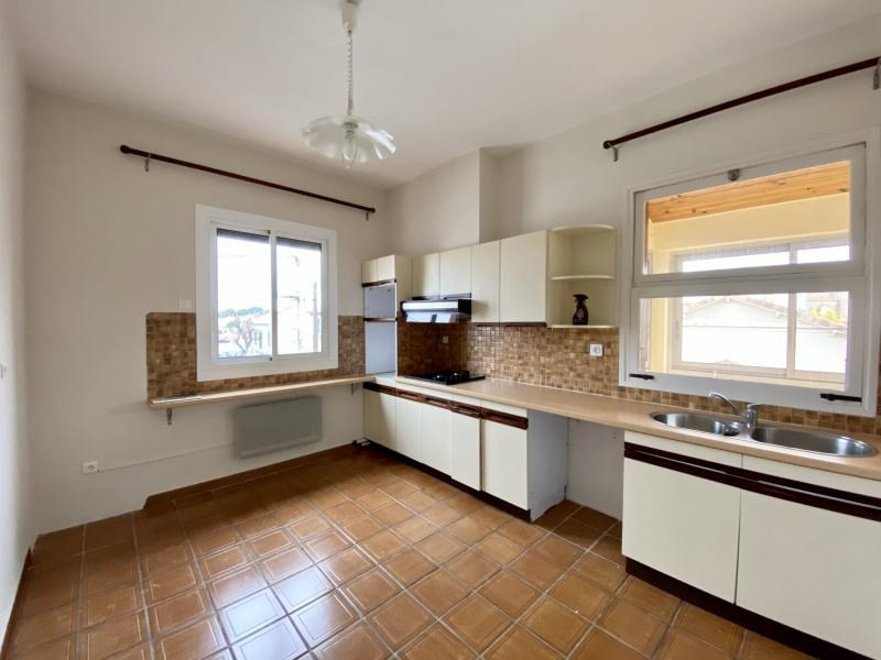 Rental apartment Beziers 655€ CC - Picture 3