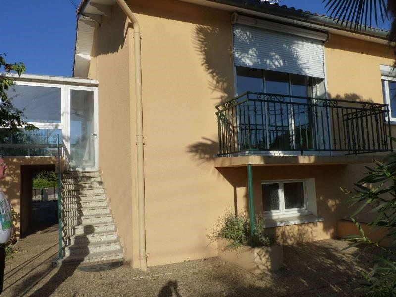 Rental house / villa St sulpice 880€ CC - Picture 1
