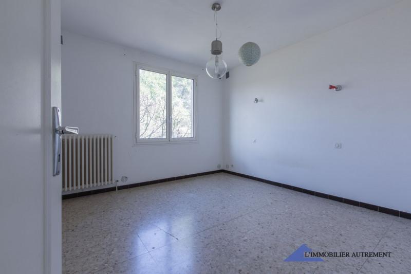 Sale house / villa Trets 575000€ - Picture 9