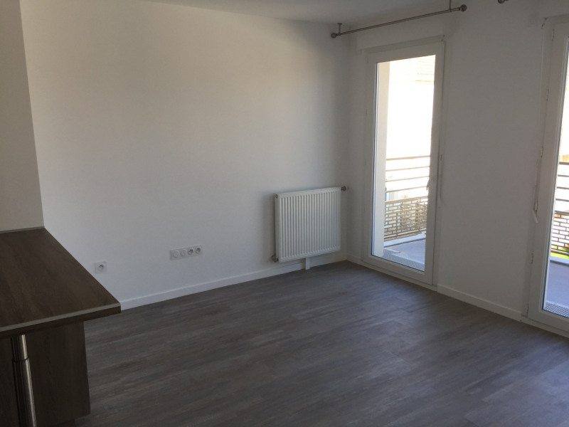 Rental apartment Charny 930€ CC - Picture 4