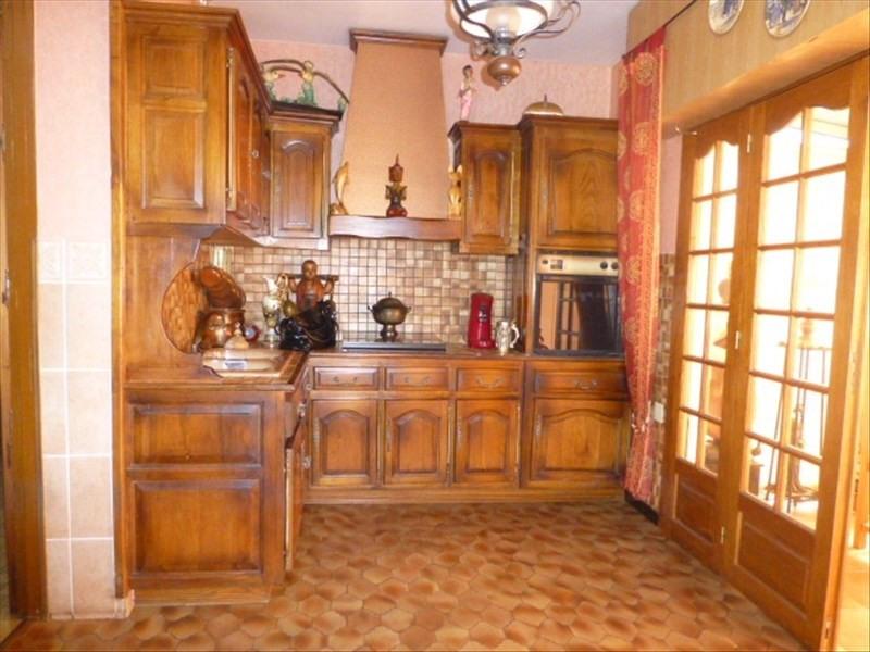 Sale house / villa Salleboeuf 195000€ - Picture 2