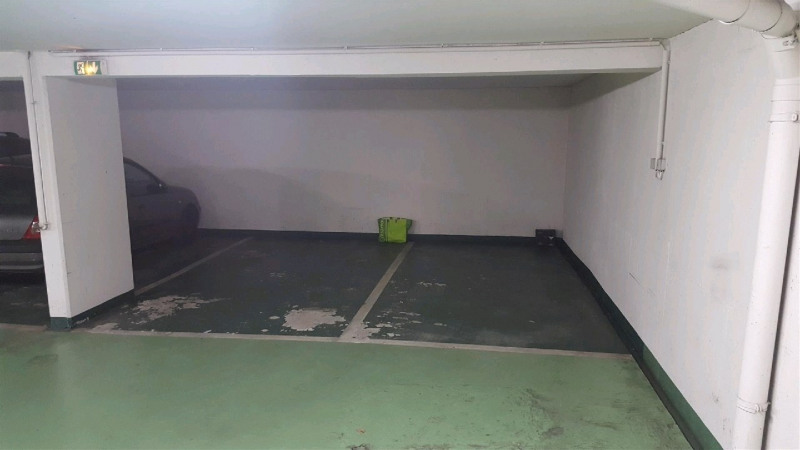 Location parking Paris 15ème 90€ CC - Photo 2