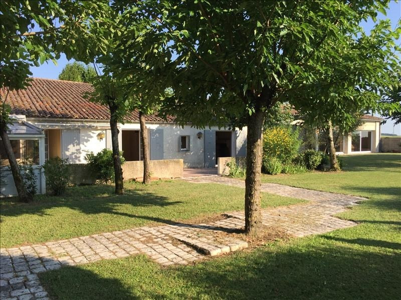 Sale house / villa Grezac 451 500€ - Picture 5