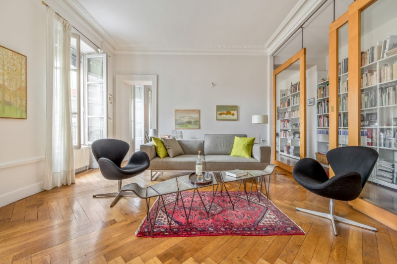 Haussmannian renovated by an architect at Brotteaux