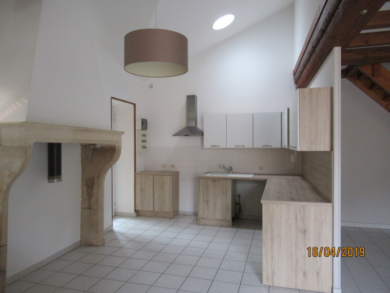 Rental apartment Lucenay 980€ CC - Picture 1