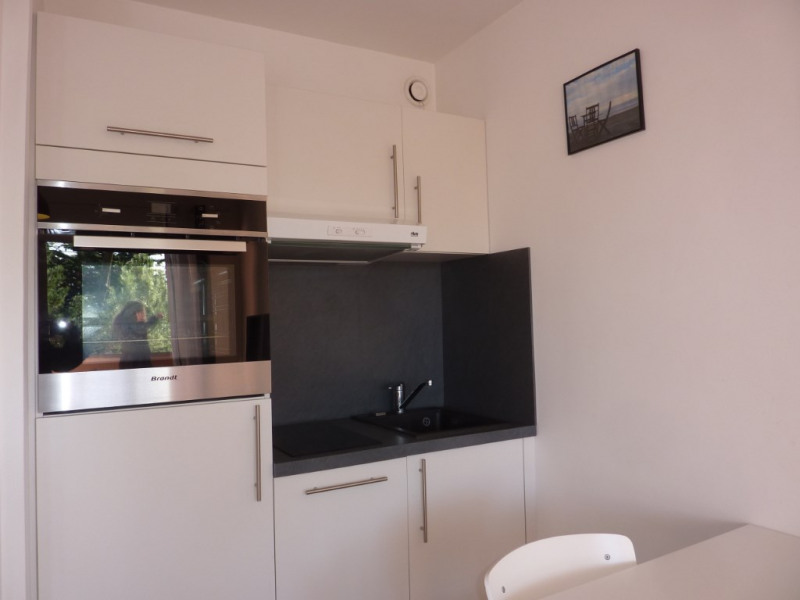 Investment property apartment La baule 137800€ - Picture 2