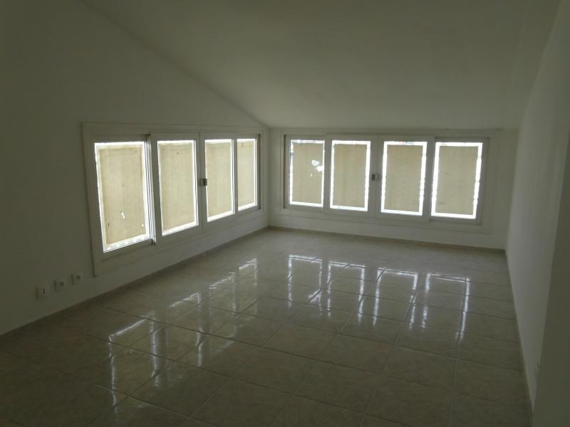 Rental empty room/storage Ste clotilde 3 750€ HT/HC - Picture 4