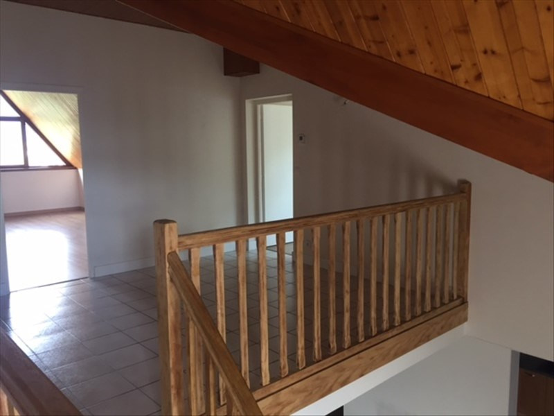 Rental apartment Reignier-esery 1110€ CC - Picture 6