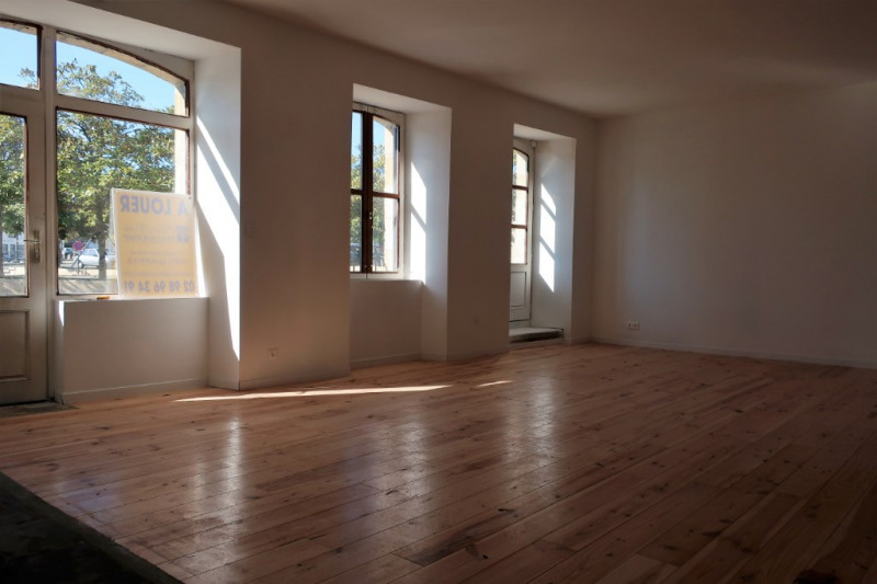 Location local commercial Quimperle 700€ HC - Photo 2