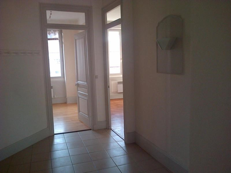 Location appartement Lyon 6ème 991€ CC - Photo 3