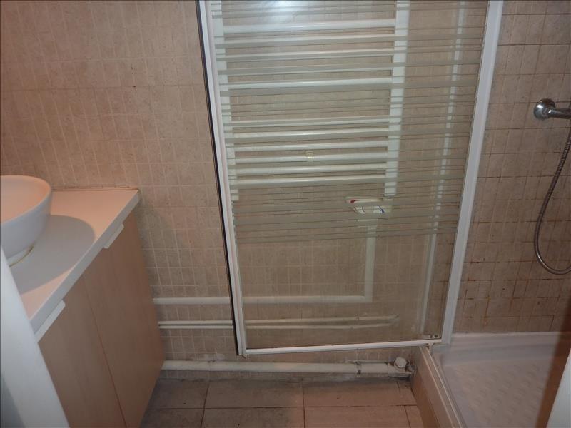 Location appartement Marseille 7ème 382€ CC - Photo 3