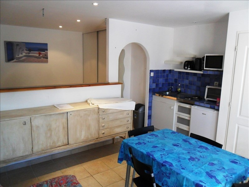 Rental apartment Peyrolles en provence 550€ CC - Picture 2