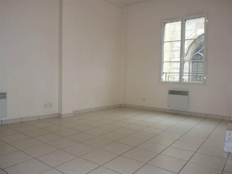 Rental apartment Meaux 795€ CC - Picture 2