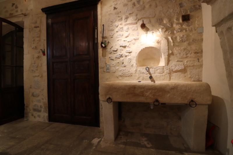 Revenda residencial de prestígio casa Arles 950000€ - Fotografia 15