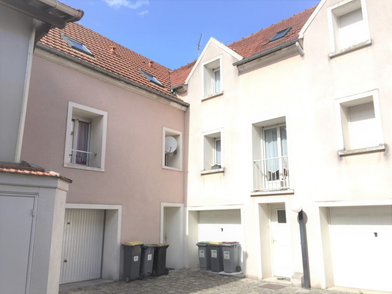 Rental apartment Pierrelaye 800€ CC - Picture 1