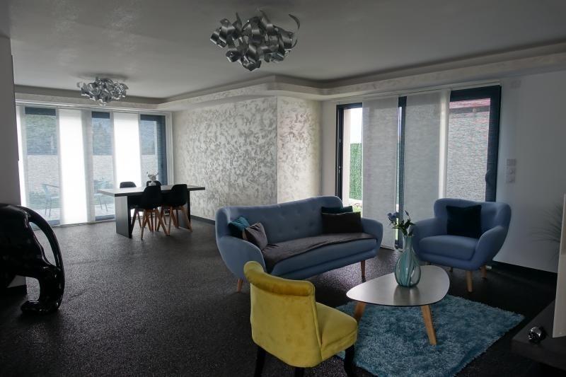 Deluxe sale house / villa Lumbin 420000€ - Picture 2