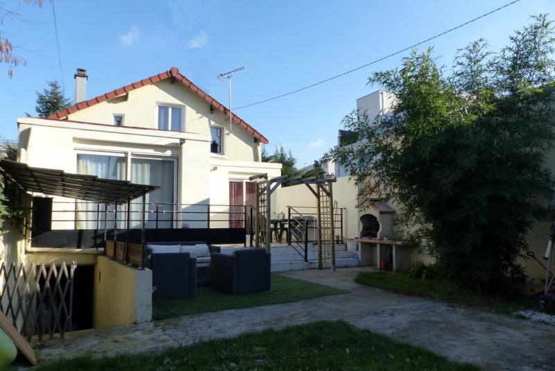 Sale house / villa Villemomble 363000€ - Picture 1