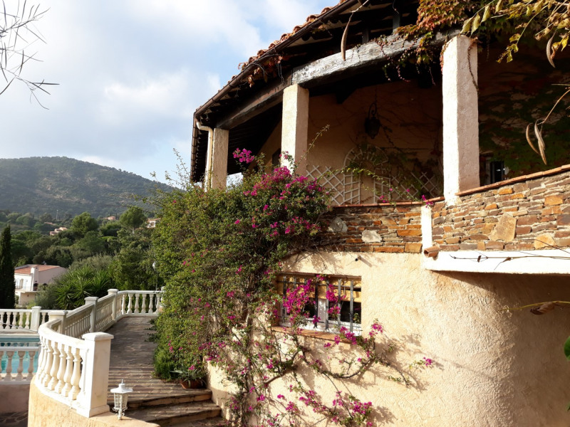 Vacation rental house / villa Les issambres 1 725€ - Picture 18