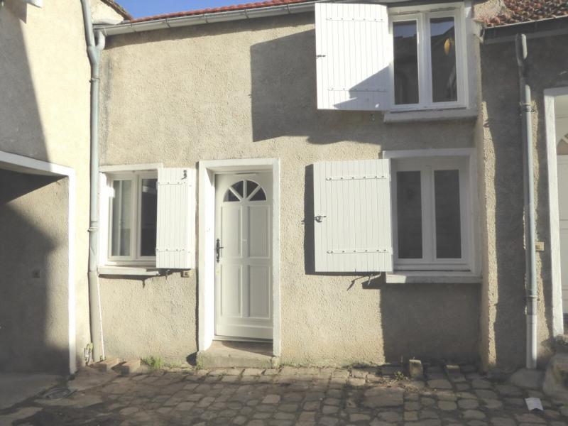 Rental apartment Mennecy 590€ CC - Picture 1