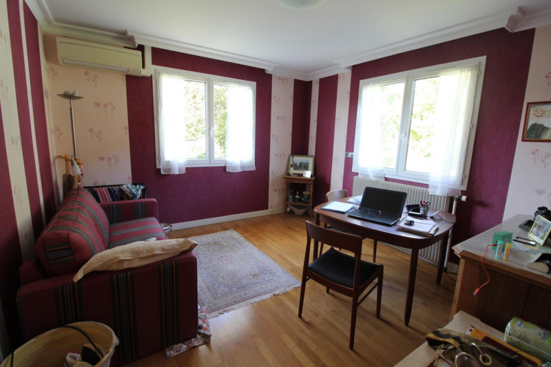 Revenda casa Voiron 339000€ - Fotografia 5