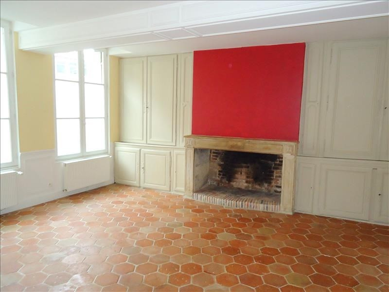 Rental house / villa Lisieux 1 000€ CC - Picture 1