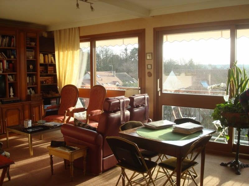 Sale apartment La celle st cloud 284000€ - Picture 3
