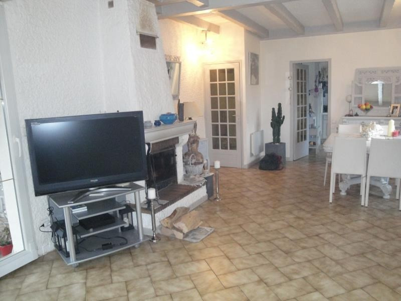 Sale house / villa Dasle 252 000€ - Picture 3