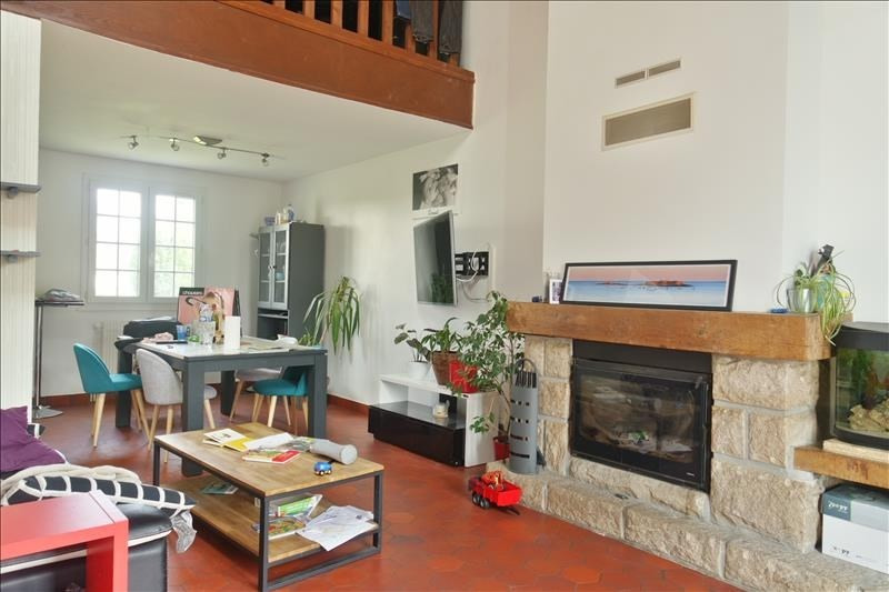 Sale house / villa Guengat 182800€ - Picture 1
