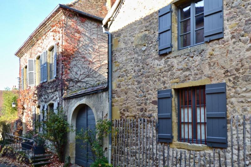Deluxe sale house / villa La clayette 649000€ - Picture 1