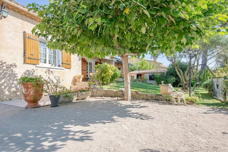 Vente maison / villa Entraigues sur la sorgue 352000€ - Photo 2