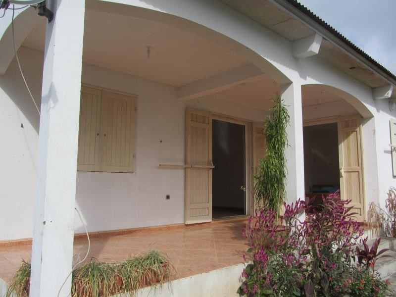 Sale house / villa St louis 235 000€ - Picture 1