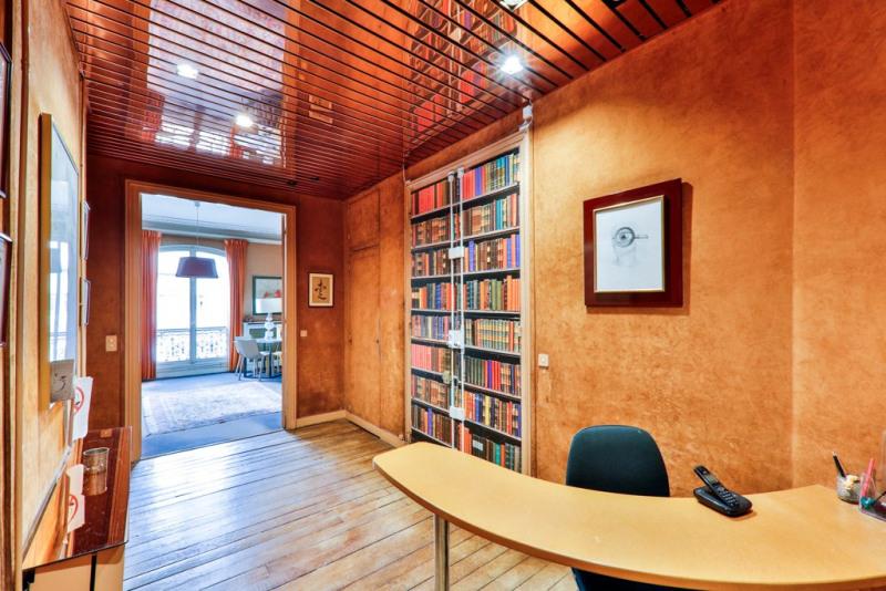 Vente de prestige appartement Paris 18ème 1220000€ - Photo 6
