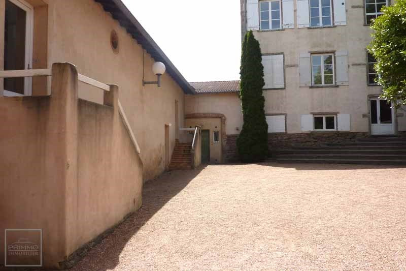 Location appartement Dommartin 364€ CC - Photo 2