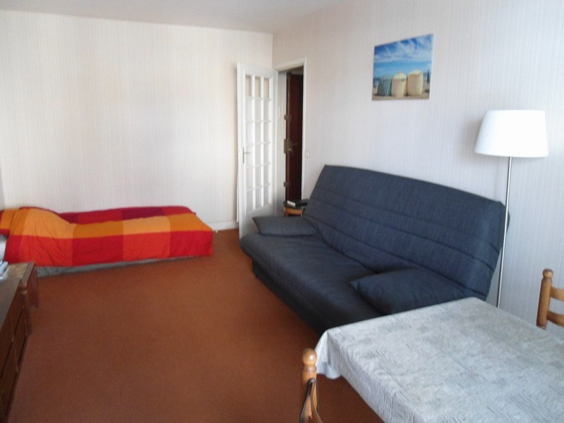 Verkoop  appartement Deauville 129000€ - Foto 3