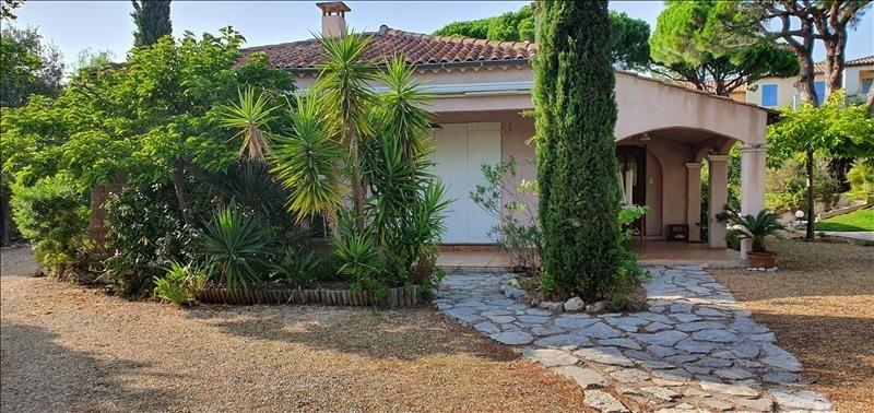 Deluxe sale house / villa Les issambres 635000€ - Picture 2