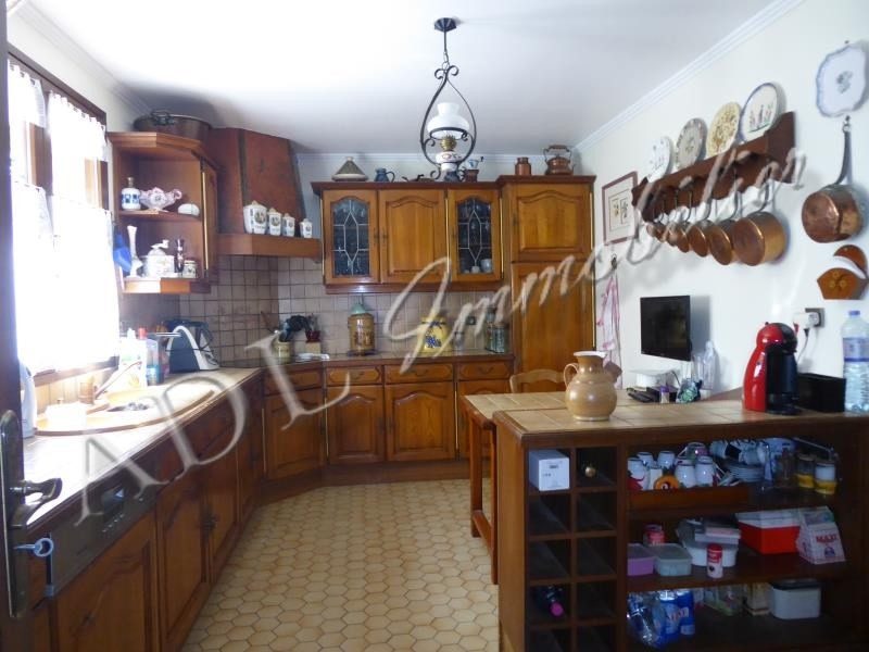 Sale house / villa Lamorlaye 540 800€ - Picture 4